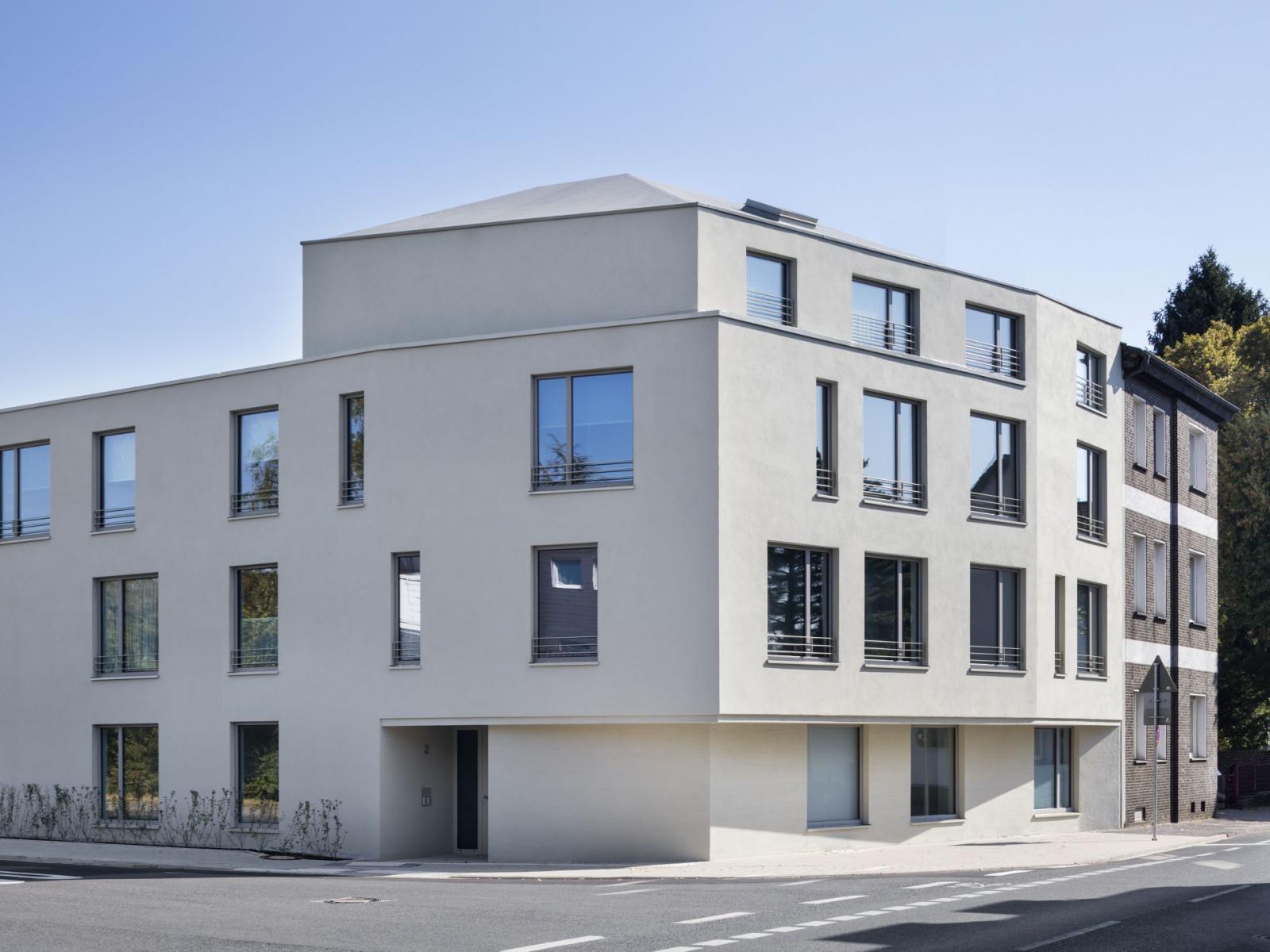 Rollstuhlgerechtes Wohnen Feuerwehrhaus Fassadenecke