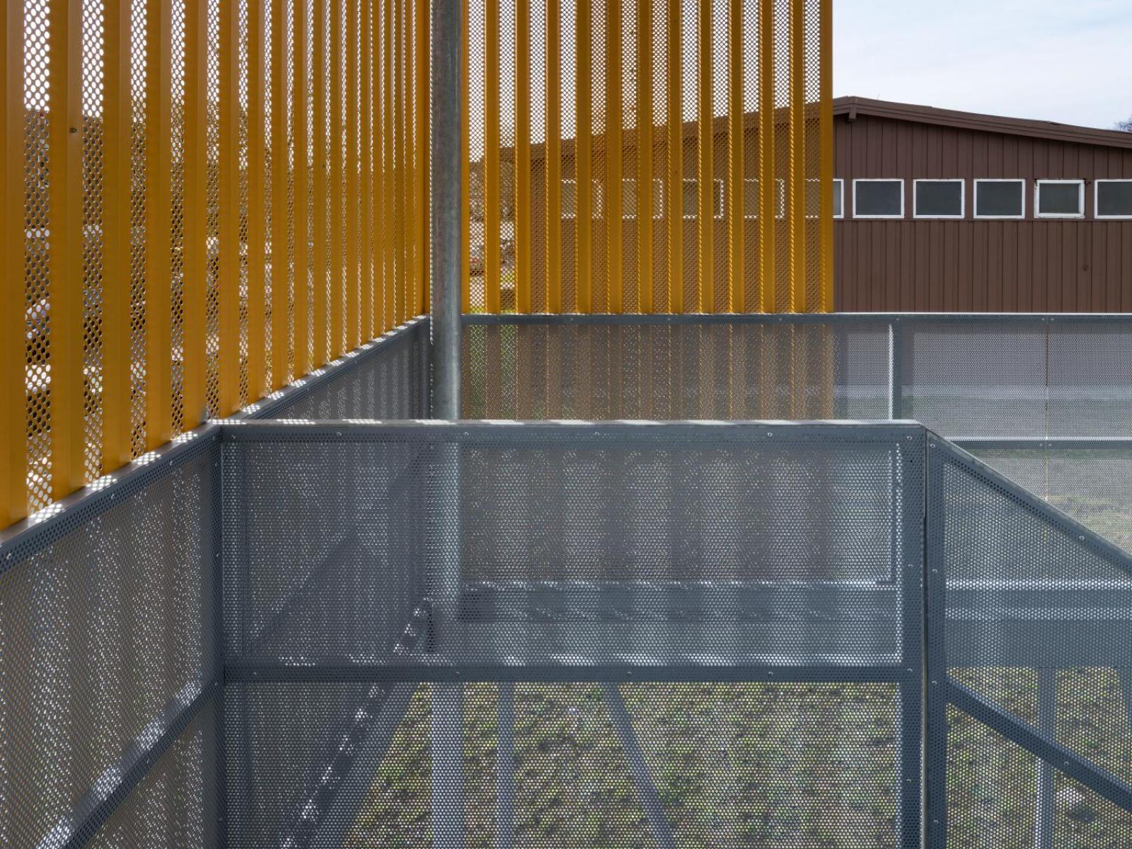 Flüchtlingsunterkunft Erkrath Treppendetail