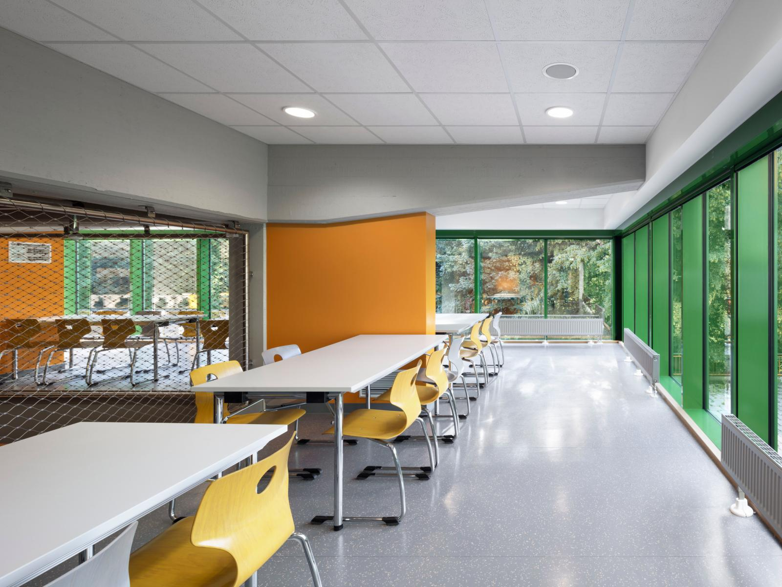 Schulzentrum Erweiterung Sanierung Haan Speiseraum