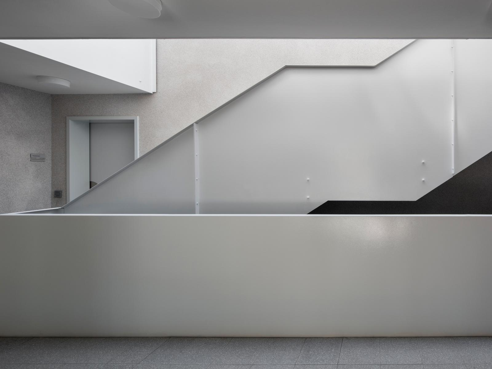 Übergangswohnheime Köln Treppe